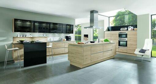 Kuche In Holz Optik Individuell Auswahlen Zum Gunstigen Preis Kaufen