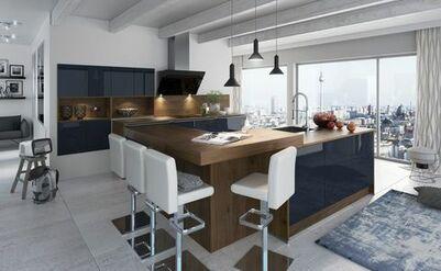 Fantastisch Moderne Wohnküche Mit Dunkelblauen Hochglanz Fronten Und Kochinsel